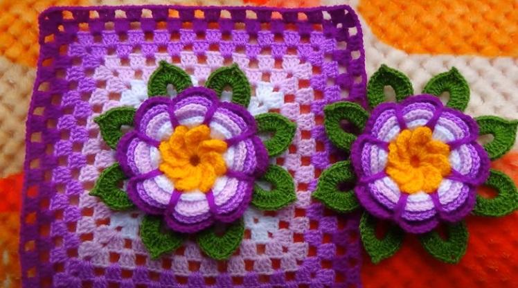 Square de Crochê Lilás com Flor Rosita