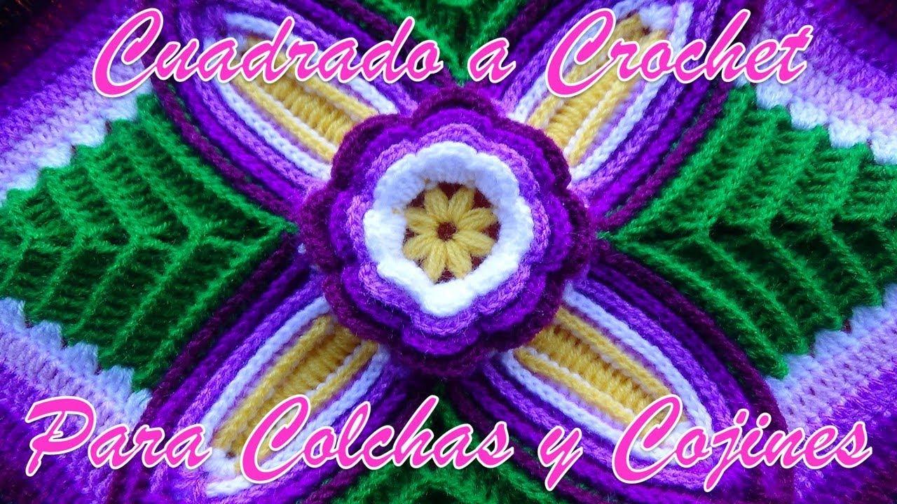 Quadrado de Crochê com Flor no Meio